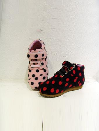 热狗童鞋远点系扣女童休闲运动鞋新款上市