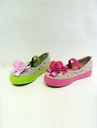 热狗童鞋玫瑰鞋花粉红色女童凉鞋新款上市