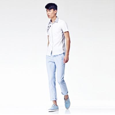 左2013夏款裝白色上衣短袖襯衣