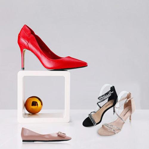 实力与口碑并存,丹比奴当之无愧的快时尚鞋包品牌!