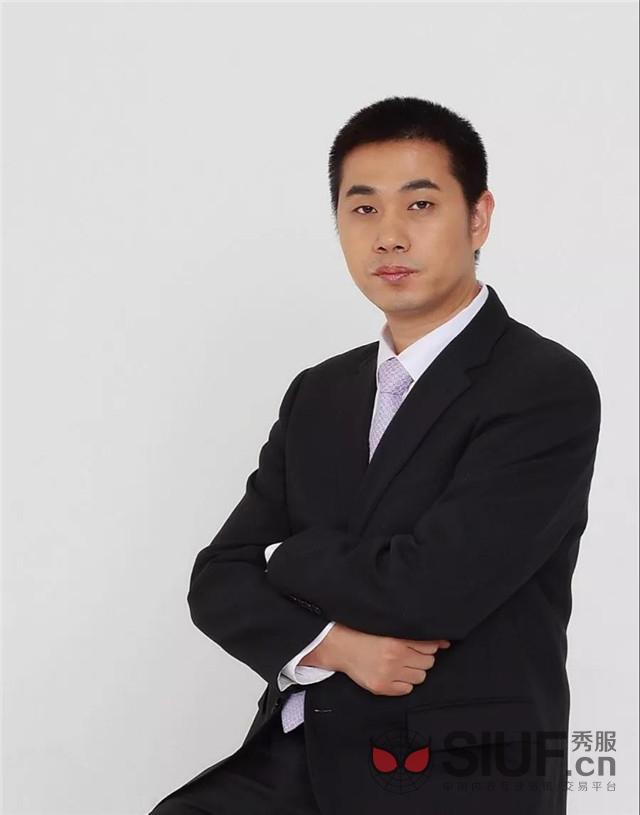 """张峰伟:锐意进取,勇于创新的""""深圳内衣"""""""