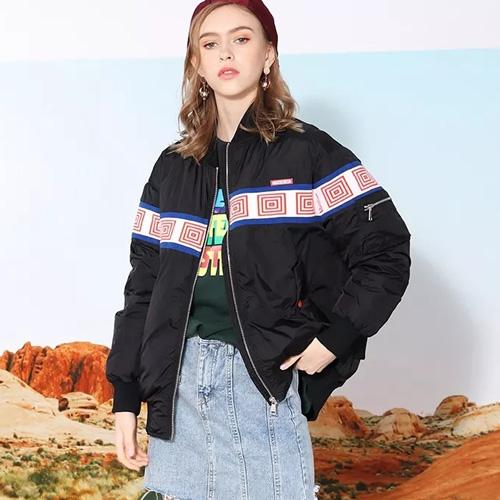 广州莎斯莱思今季最保暖时髦的新款羽绒服,让你全程被惊艳到!