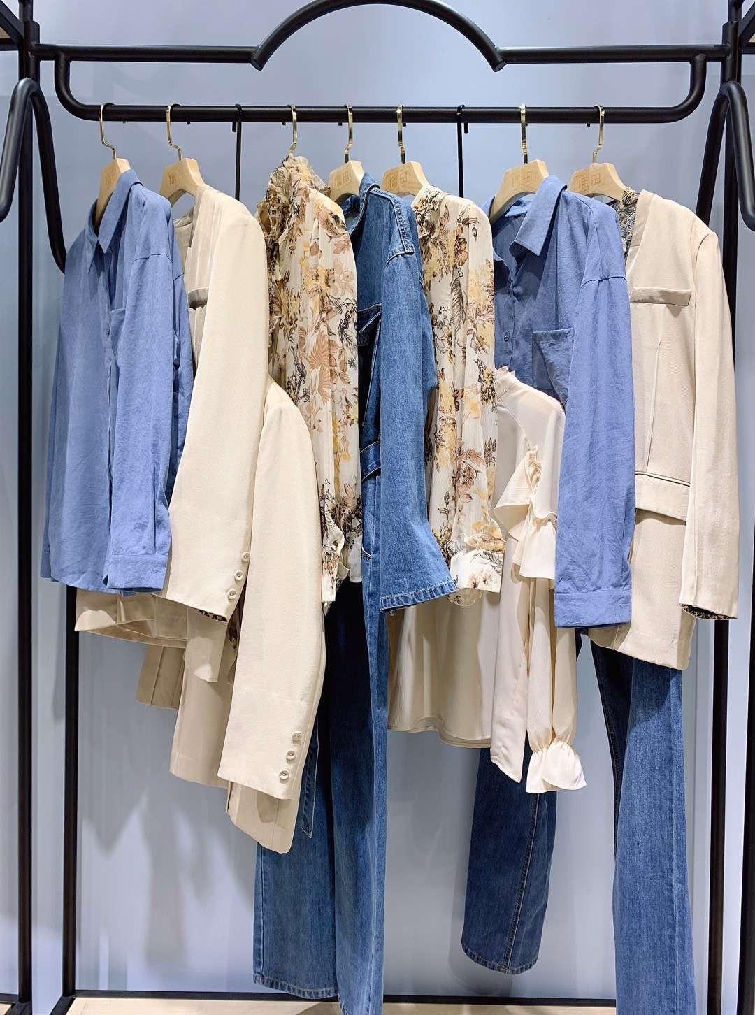 找品牌折扣女装货源到麻木,服装人还是选择了它