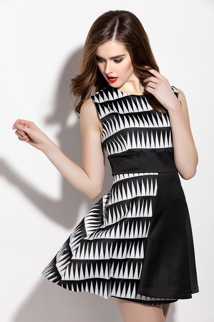 实力品牌纯袖女装 独特经营模式点燃创业市场热情