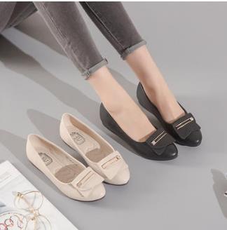 巨圣女鞋品牌差异化战略完胜市场