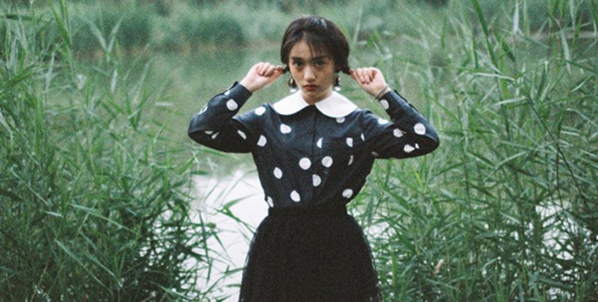 演员陆琦蔚曝光写真 演绎独有的文艺气质