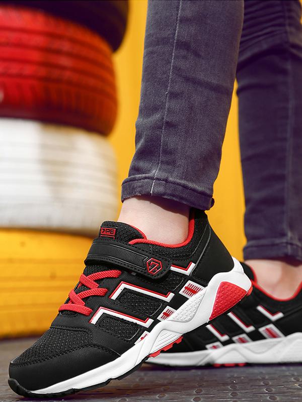 七波輝透氣網面運動鞋
