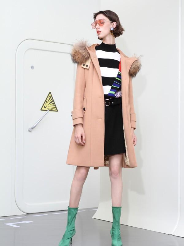 百图时尚女装新品展示