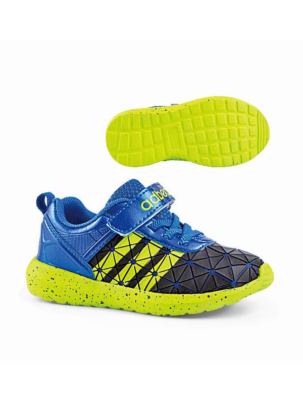 阿迪熊鞋品小童:網跑系列