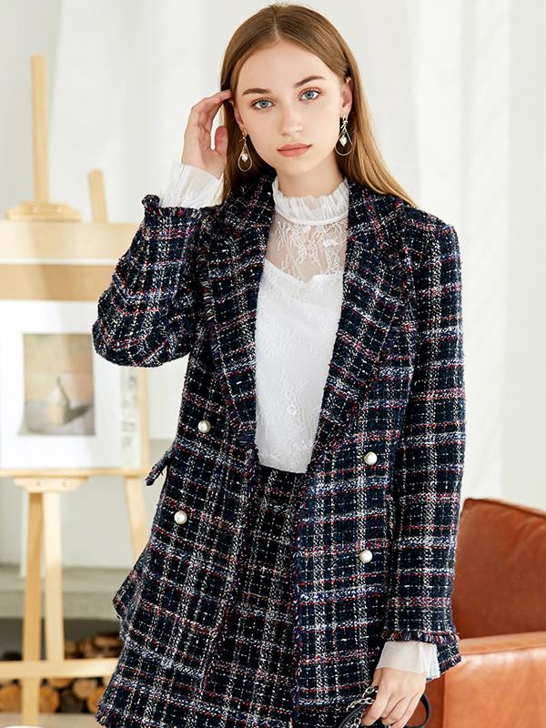 朵以2019冬装新款优雅小香风翻领双排扣粗花呢外套短款
