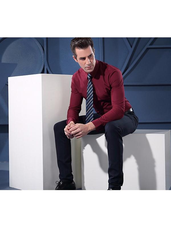 洲艷品牌男裝產品展示
