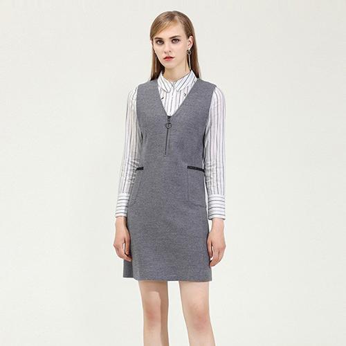依兰女装,受到了广大消费者的青睐。